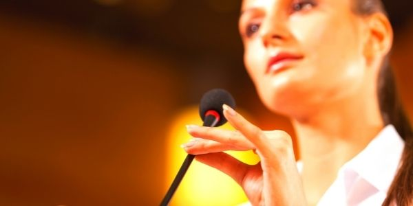 5 Reasons WHY to Hire a Speaking Coach